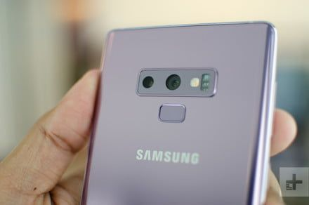 Samsung Galaxy Note 9 vs. Apple iPhone X: Battle of the ultra-premium smartphones