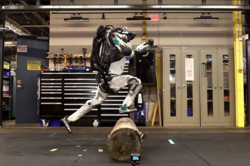Boston Dynamics' Atlas robot can now navigate obstacles Parkour-style and it'll haunt your nightmares
