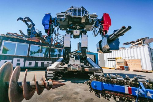 Giant robot fight organizers say next step is giant robot fighting league