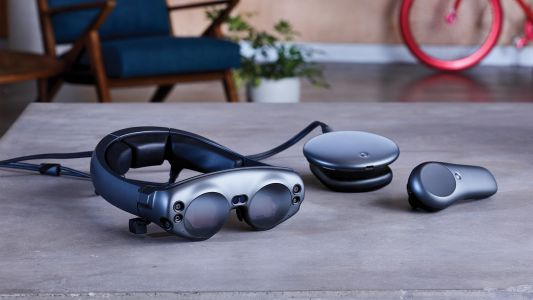 Magic Leap's $2,295 mixed reality headset is available now