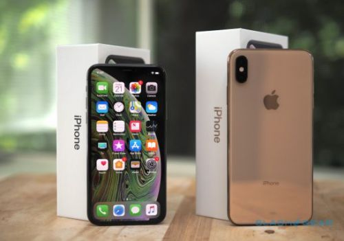 2018's iPhone decision is so much harder