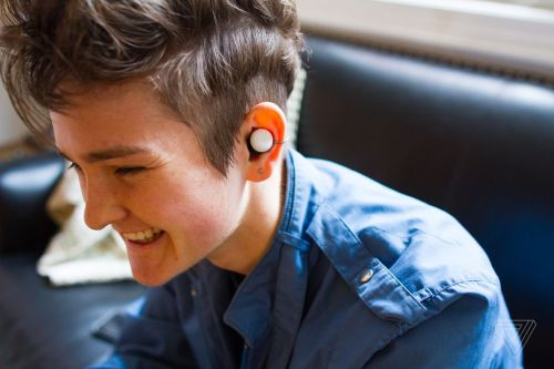 Google's refurbished Pixel Buds are $80 off at Best Buy
