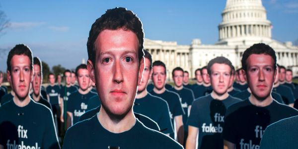 Hoax alert: The latest spammy viral Facebook post warns users about account 'cloning'