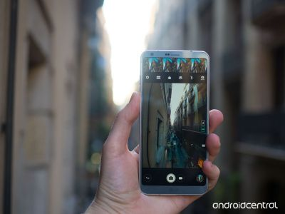 How to enable or disable the LG G6's camera roll - and why you may want to leave it off