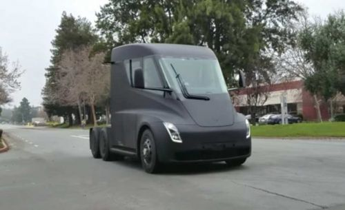 Tesla Semi spotted silently cursing the wild