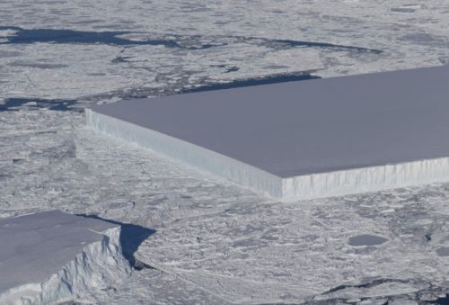 This giant rectangular iceberg looks totally out of place in Antarctica