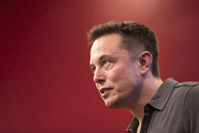 Elon Musk says all Superchargers will run on solar and battery power