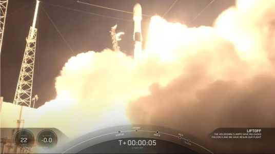 SpaceX successfully launches 60 new Starlink satellites with its 14th mission