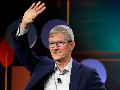 Apple is distancing itself again from Google and Facebook with a new privacy website