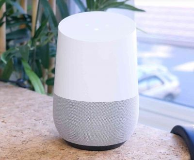 Google Home can track flight prices for you