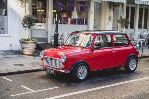 You're only supposed to blow the bloody emissions off: Classic Mini gets electric retrofit
