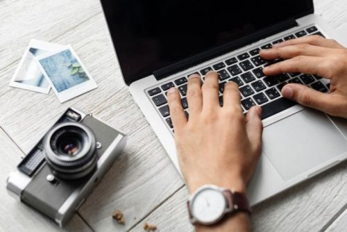 How to find the original timestamp on your photos after changing it