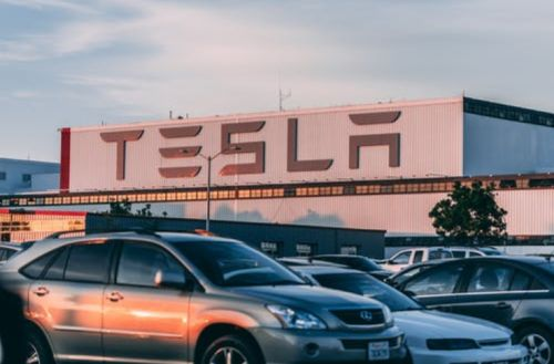 Elon Musk: Tesla Fremont Factory Shutdown During its Stock Decline is Because of Parts Shortage!