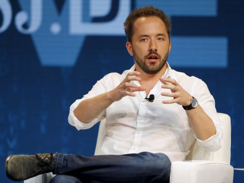 Dropbox beats Q3 expectations, grows paying customers