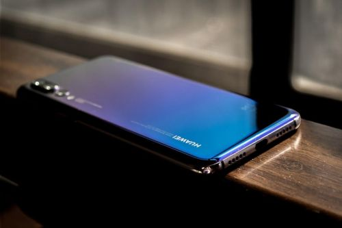 Twilight Zone - the best Chinese smartphones with gradient backside