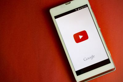 YouTube's mobile app will adjust to display videos of any size