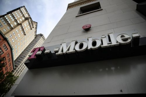 T-Mobile owes the FCC $40 million for playing fake ringtones in unconnected calls