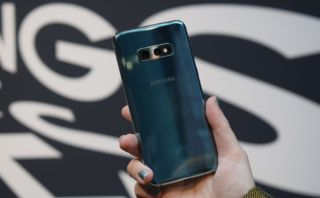 Samsung Galaxy S10e hands-on review