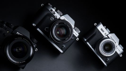 Fujifilm Australia's knocking up to $1,300 off some of its best cameras and lenses