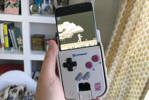 Hyperkin SmartBoy review: Turn your Android phone into a very dumb Game Boy
