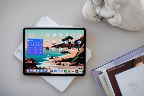 The latest iPad Pro and iPad Air tablets are each $100 off today