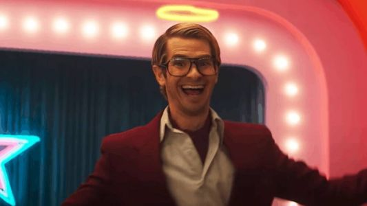 Andrew Garfield Becomes an Annoying Internet Sensation in New Trailer For MAINSTREAM