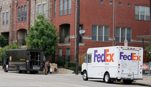 There's a new FedEx text message scam that you need to know about