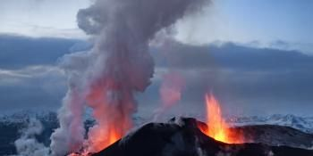 Tiny Crystals Could Aid in Volcanic Eruption Predictions