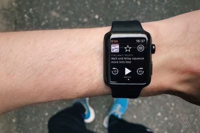 Overcast just fixed the Apple Watch's missing podcast support