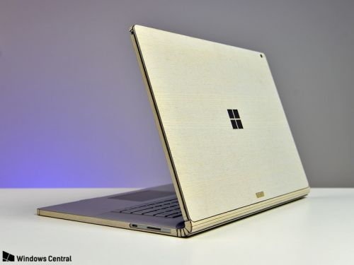 Bringing a wood finish to the Surface Book 2 with a Toast cover