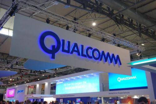 Qualcomm begins shipping 802.11ay silicon for mobile devices and applications, including VR and UHD video