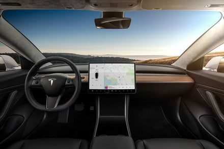 Tesla drops Full Self-Driving option from configurator to save 'confusion'
