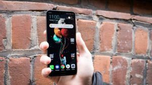 Huawei is reportedly working on a voice assistant with emotion