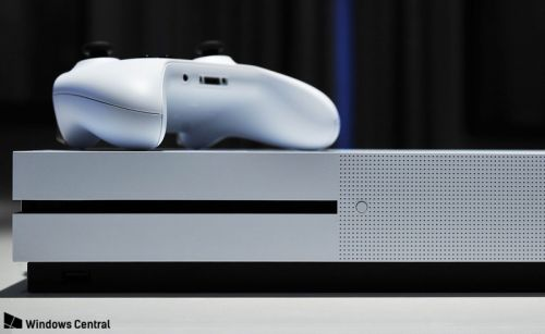 There's an update hitting the Xbox Insider Alpha Ring, squashing more nasty bugs