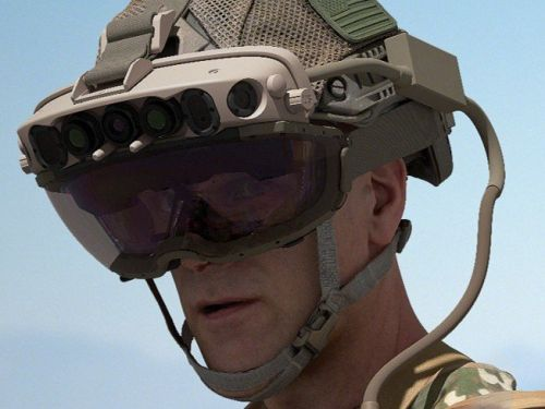 Here's why the U.S. Army wants Microsoft HoloLens headsets