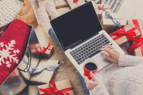 Here's Why You Need To Start Your Holiday Shopping Now!