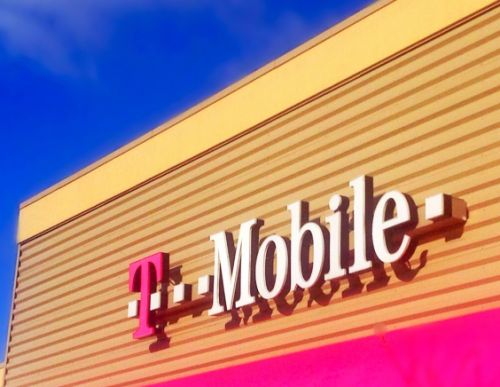 T-Mobile and Sprint are reportedly talking about a merger. again