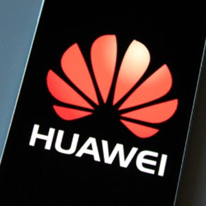 Huawei CEO Richard Yu confirms foldable 5G phone for 2019