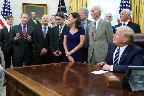 Trump repeatedly asks NASA administrator why we can't go straight to Mars