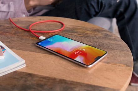 OnePlus in the process of renaming Dash Charge system to Warp Charge
