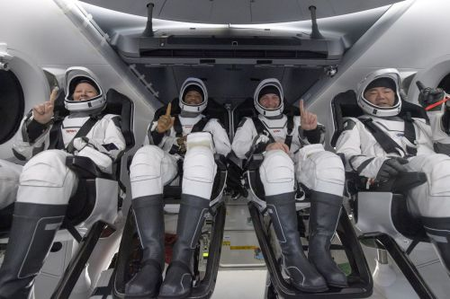 SpaceX Crew Dragon Resilience safely returns four astronauts to Earth