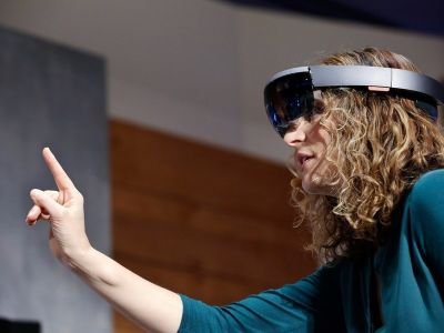 Even without consumer-focused HoloLens, Microsoft must market AR sooner than later