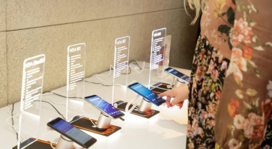 NOA Smartphones Now Available in Serbia