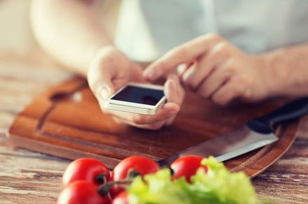 Give Rachael Ray a run for her money with these 11 best cooking apps