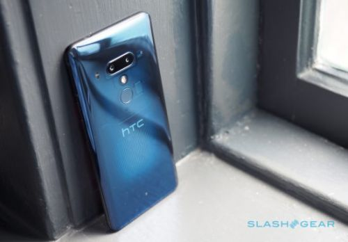HTC U12+ hands-on: 4 cameras, more squeeze, no notch