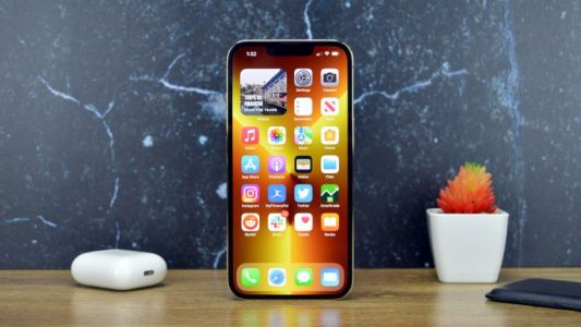 IPhone 14 display might ditch the notch, and now we know how