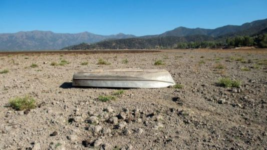 Before and After Photos: Drought Wipes Chilean Lake From the Map