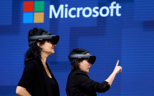 Microsoft workers revolt against $480m contract to equip soldiers with HoloLens headsets
