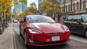 Consumer Reports says you can trick a Tesla to drive by itself