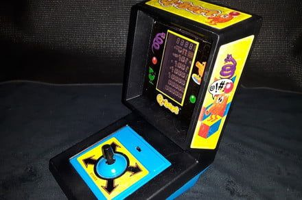 The Internet Archive adds handheld Tiger Electronics games to its library